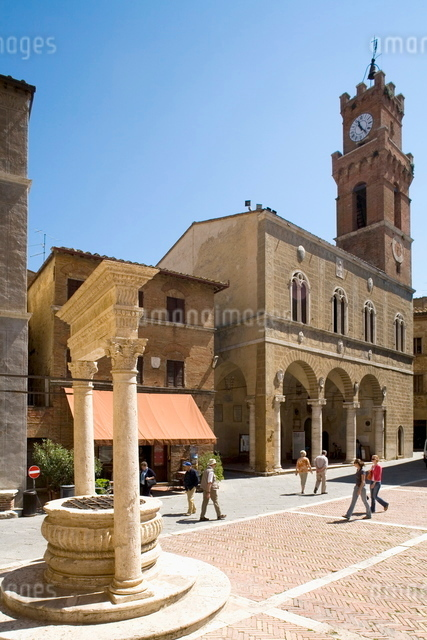 Pienza, Val d'Orcia, Tuscany, Eruopeの写真素材 [FYI03778375]