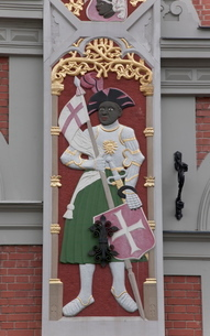 Detail, House of the Blackheads (Melngalvju Nams), Town Hall Square (Ratslaukums), Rigaの写真素材 [FYI03778434]