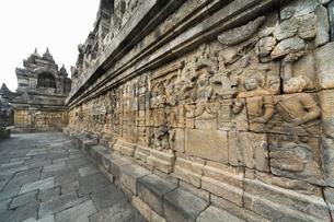 Borobudur Buddhist Temple, Java, Indonesia, Southeast Asiaの写真素材 [FYI03778669]