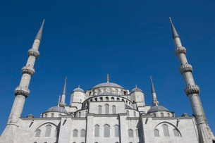 Wide view of the Blue Mosque, Istanbul, Turkeyの写真素材 [FYI03778914]