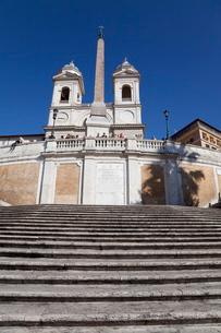 Spanish Steps and Trinita dei Monti church, Rome, Lazioの写真素材 [FYI03778947]