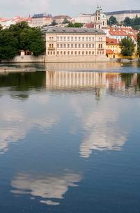 Royal Palace, Castle, River Vltava, Old Town, Pragueの写真素材 [FYI03779416]