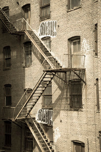 Fire escapes on an old building, Meatpacking Districrt, Manhattan, New York City, New York'の写真素材 [FYI03780169]