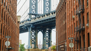Manhattan Bridge detail, New York'の写真素材 [FYI03780195]