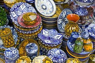 Colourful ceramics for sale, Safiの写真素材 [FYI03780470]