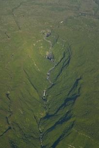 Aerial views of waterfalls, La Reunionn Oceanの写真素材 [FYI03780549]