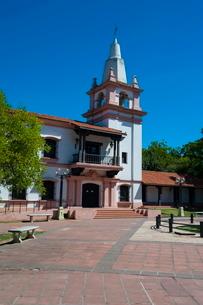 Plaza de las Tres Cultures, Santa Fe, capital of the province of Santa Feの写真素材 [FYI03780715]