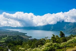 Volcano Gunung Batur crater lake, Bali, Indonesia, Southeast Asiaの写真素材 [FYI03781409]