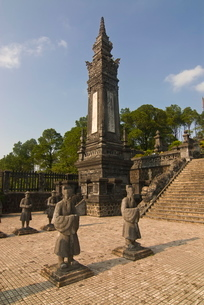 Pagoda in the tomb of Khai Dinh, Hue, Vietnam, Indochina, Southeast Asiaの写真素材 [FYI03782031]