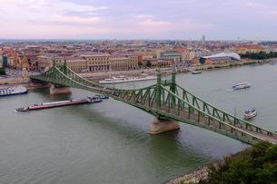 Szabadsag hid (Liberty Bridge), Budapest, Hungaryの写真素材 [FYI03782117]