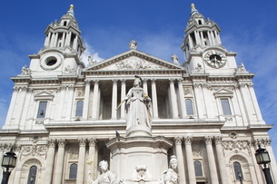 View of St. Paul's Cathedralの写真素材 [FYI03782527]