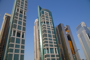 Contemporary architecture in City Centre, Doha, Qatar, Middle Eastの写真素材 [FYI03782638]