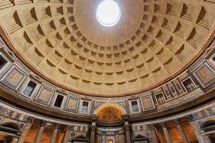 Pantheon interior concrete dome, Roman Temple, now church, Historic Centre, Rome, UNESCO World Heritの写真素材 [FYI03783640]
