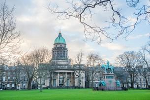 National Records of Scotland building, Edinburgh, Scotland, United Kingdom, Europeの写真素材 [FYI03783747]