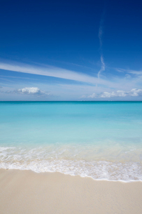 The sands of Grace Bay, the most spectacular beach on Providenciales, Turks and Caicos, in the Caribの写真素材 [FYI03783937]