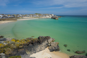 St. Ives harbour, Cornwall, England, United Kingdom, Europeの写真素材 [FYI03783976]