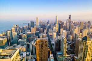 City skyline, Chicago, Illinois, United States of America, North Americaの写真素材 [FYI03784652]