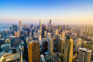 City skyline, Chicago, Illinois, United States of America, North Americaの写真素材 [FYI03784654]