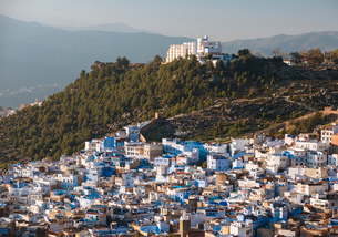 View of Chefchaouen from Spanish Mosque, Chefchaouen, Morocco, North Africa, Africaの写真素材 [FYI03784665]