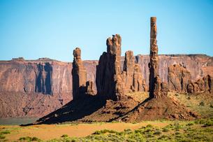 Rock formations, Monument Valley, Navajo Tribal Park, Arizona, United States of America, North Ameriの写真素材 [FYI03784862]