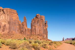 Rock formations, Monument Valley, Navajo Tribal Park, Arizona, United States of America, North Ameriの写真素材 [FYI03784866]