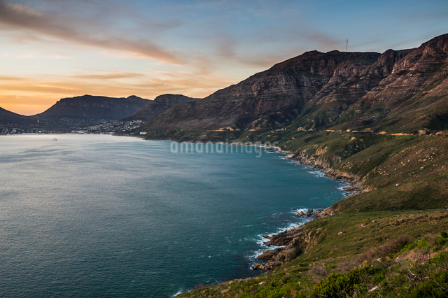 Cliffs of Cape of Good Hope after sunset, South Africa, Africaの写真素材 [FYI03784954]