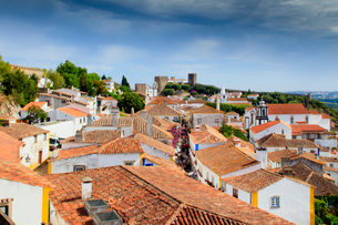 Streets and castle in the medieval walled village of Obidos in Portugal's Centro region, Portugal, Eの写真素材 [FYI03785378]
