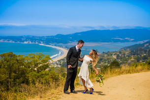 Couple in engagement dress, Marin, California, United States of America, North Americaの写真素材 [FYI03785512]