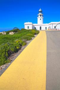 The lighthouse at Cap de Cavalleria, Menorca, Balearic Islands, Spain, Mediterranean, Europeの写真素材 [FYI03785888]