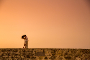Married couple, Cartegena, Colombia, South Americaの写真素材 [FYI03786510]