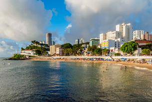 Porto da Barra Beach, Salvador, State of Bahia, Brazil, South Americaの写真素材 [FYI03786561]