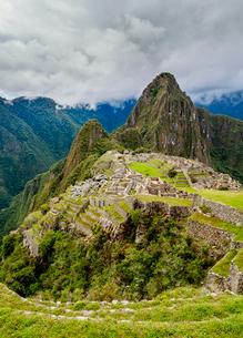 Machu Picchu Ruins, UNESCO World Heritage Site, Cusco Region, Peru, South Americaの写真素材 [FYI03786622]