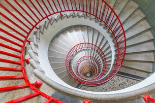View of spiral staircase in The Skyscraper, Ljubljana, Slovenia, Europeの写真素材 [FYI03787356]