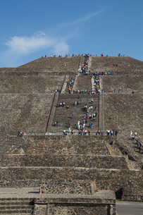 Pyramid of the Sun, Teotihuacan Archaeological Zone, UNESCO World Heritage Site, State of Mexico, Meの写真素材 [FYI03787369]