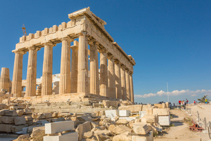 View of the Parthenon during late afternoon sunlight, The Acropolis, UNESCO World Heritage Site, Athの写真素材 [FYI03787371]