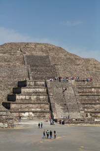 Pyramid of the Moon, Teotihuacan Archaeological Zone, UNESCO World Heritage Site, State of Mexico, Mの写真素材 [FYI03787385]