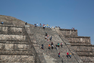 Pyramid of the Moon, Teotihuacan Archaeological Zone, UNESCO World Heritage Site, State of Mexico, Mの写真素材 [FYI03787387]