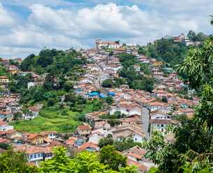 Ouro Preto, a former colonial mining town, UNESCO World Heritage Site, Minas Gerais, Brazil, South Aの写真素材 [FYI03787437]