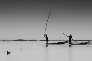 Fishermen, Inle Lake, Shan State, Myanmar (Burma), Asiaの写真素材 [FYI03788071]