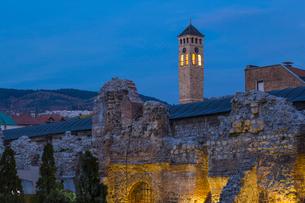 Taslihan, an ancient caravanserai, Bascarsija (The Old Quarter), Sarajevo, Bosnia and Herzegovina, Eの写真素材 [FYI03788133]