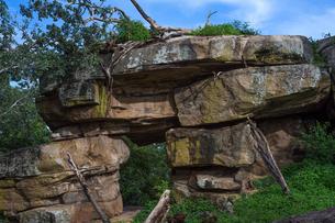 Gopala Pabbatha Cave Complex, a small cave monastery in Polonnaruwa, Sri Lanka, Asiaの写真素材 [FYI03788150]