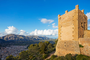 Fortification on top of Puig de St. Maria, Pollenca, Majorca, Balearic Islands, Spain, Mediterraneanの写真素材 [FYI03788385]