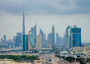 Financial Centre and Downtown, elevated view, Dubai, United Arab Emirates, Middle Eastの写真素材 [FYI03788603]
