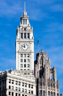 The Wrigley Building clock tower on a sunny day, Chicago, Illinois, United States of America, Northの写真素材 [FYI03789086]