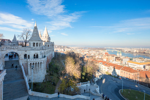 View of the city from Fisherman's Bastion, Budapest, Hungary, Europeの写真素材 [FYI03789558]