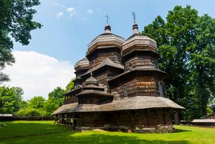 The wooden St. George's Church, UNESCO World Heritage Site, Drohobych, Ukraine, Europeの写真素材 [FYI03789715]