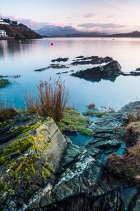 Borth Y Gest Beach at sunrise, Snowdonia National Park, Gwynedd, North Wales, Wales, United Kingdom,の写真素材 [FYI03790400]