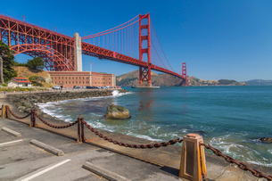 View of Golden Gate Bridge and Fort Point from Marine Drive, San Francisco, California, United Stateの写真素材 [FYI03790441]