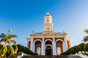 A front view of the church El Carmen, in Santa Ana, El Salvador, Central Americaの写真素材 [FYI03790465]