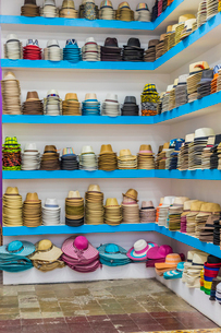 A hat store selling Panama hats in the historic old quarter (Casco Viejo), Panama City, Panama, Centの写真素材 [FYI03790907]